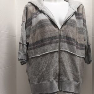 Free people size small jacket short sleeved zip up